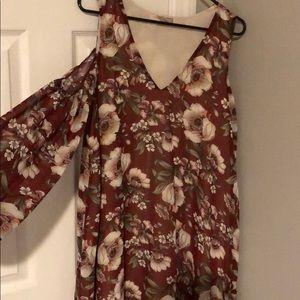 Dresses & Skirts - Shoulder slit sleeve floral dress-maroon